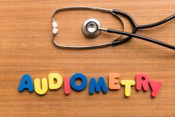 Аудиометрия слуха: виды, показания, как проводится